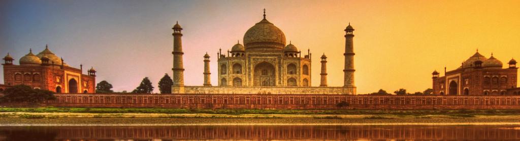 Crepúsculo no Taj Mahal